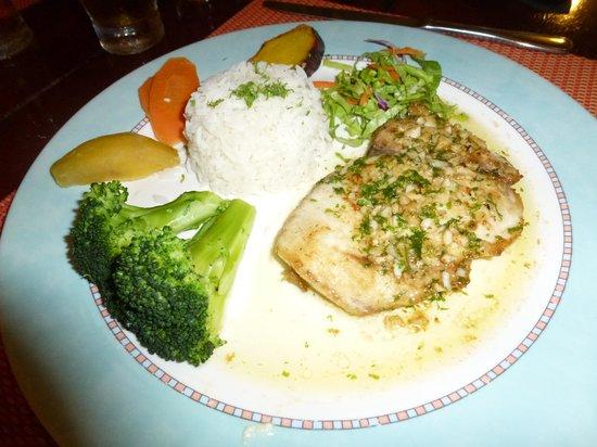 Le Mahogany: Grilled Mahi Mahi