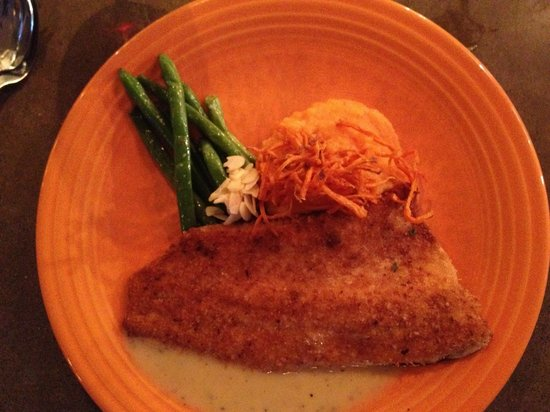 The Corner Kitchen: pecan crusted trout