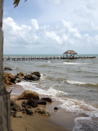 Pelican Beach - Dangriga: Marvelous location and views.