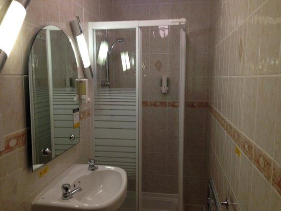 Inn at Ardgour : Bath