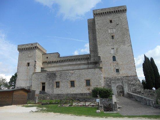 Rocca Albornoz di Narni: Esterno
