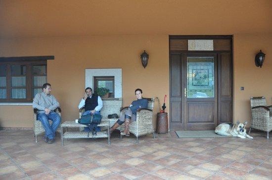 Hotel Rural Yeguada Albeitar: porche