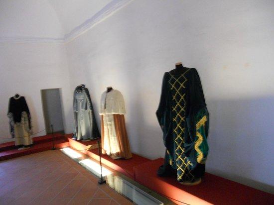 Rocca Albornoz di Narni: Sala del costume