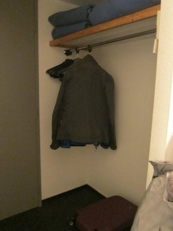 A l'Hotel : armario