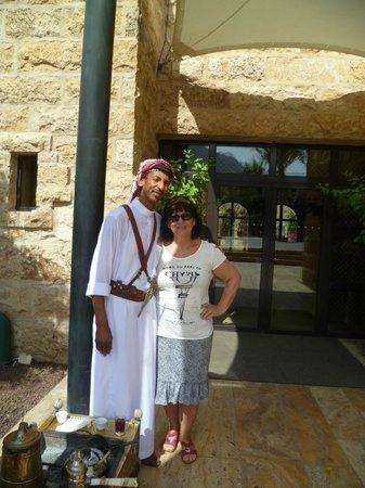 Movenpick Resort & Spa Dead Sea: Khalil vor dem SPA - Bereich
