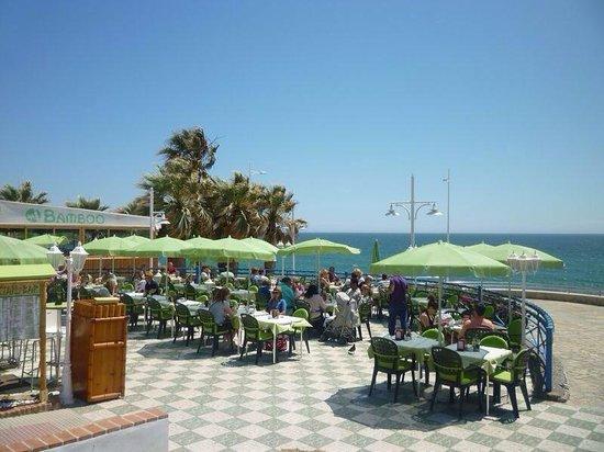 Hotel Perla Marina: Great restaurants 5 minutes away.