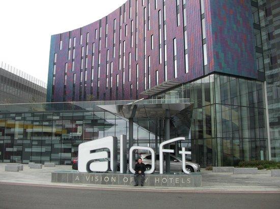 Aloft London Excel : Classy modern hotel