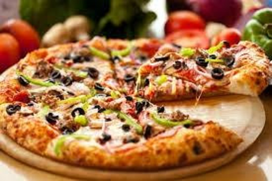 Linda Beach Restaurant: pizzas