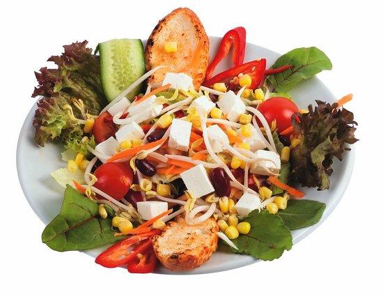Linda Beach Restaurant: salads