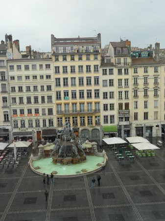 Musee des Beaux-Arts: View from one of the windows.