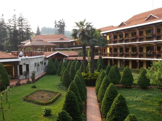 Victoria Sapa Resort and Spa: hotel exterior - view from room