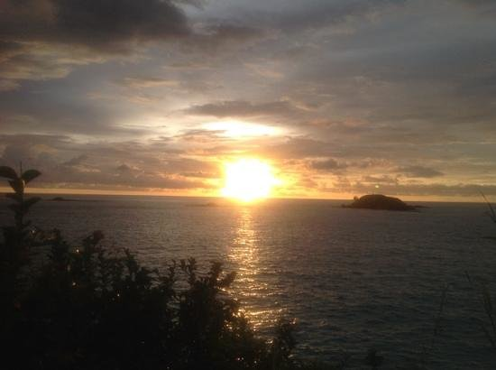 Constance Tsarabanjina : tramonto a tsarabanjina