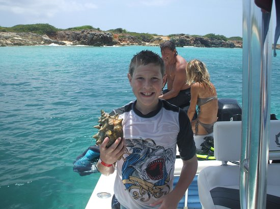 Pirate Tours : Thanks Captain Mike for the treasure found!