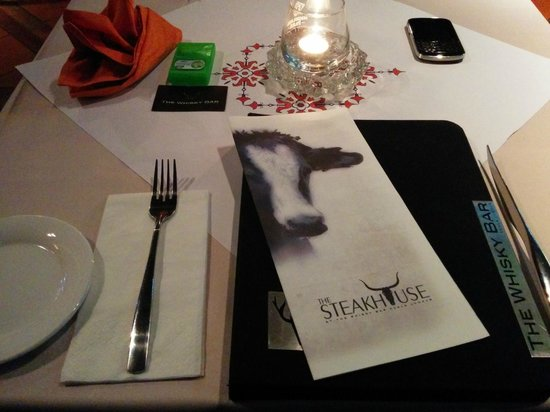 The Steakhouse : Table layout