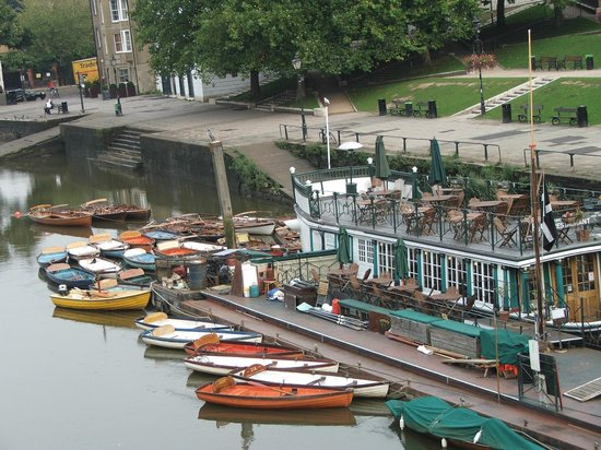 Richmond-upon-Thames, UK: View from Richmond Bridge