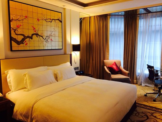 The Langham, Hong Kong: Comfort at its best.