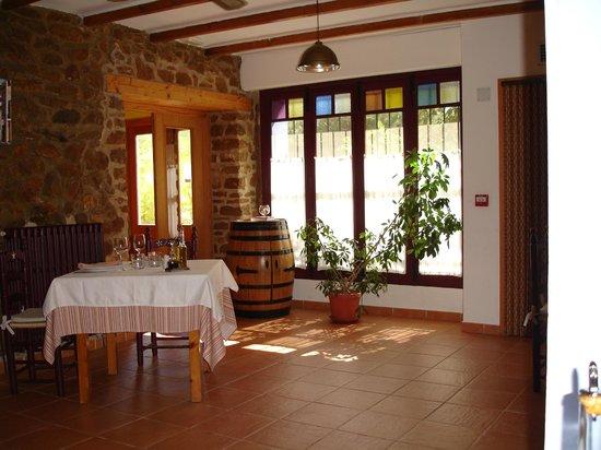 COMEDOR: fotografía de Pou de Beca, Vall d\'Alba - TripAdvisor
