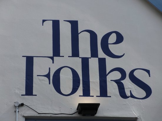 The Folks Bar and Grill: Exterior signage