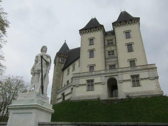 Château de Pau : muro del castillo