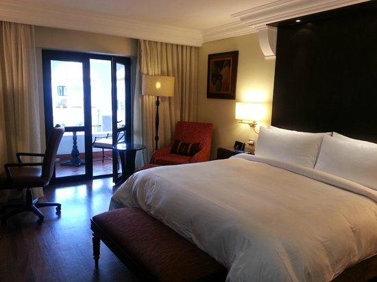 JW Marriott El Convento Cusco: bedroom