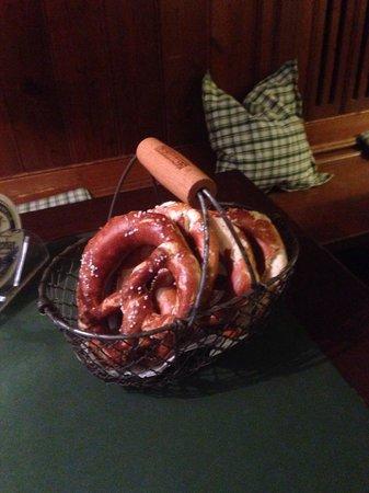 Braustüberl Weihenstephan: Giant pretzel basket