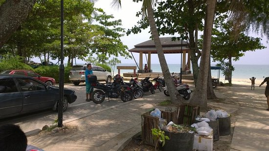 Real Relax Resort & Beauty Massage: Khlong Mounag Beach