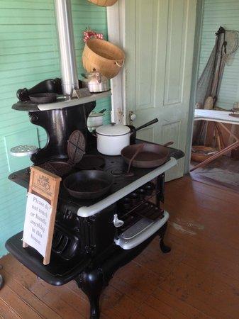 Chicamacomico Life-Saving Station Historic Site & Museum: Kitchen area of Midget house