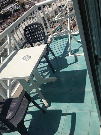 Cala d'Or Apartments: Balcony Area