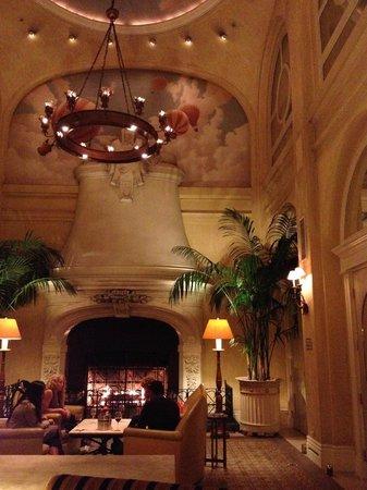 The Marker San Francisco, A Joie de Vivre Hotel: Hotel lobby area