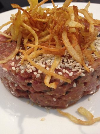 CIENTOOCHO: Steak tartare
