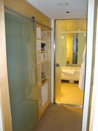 Le Méridien Hamburg: Ванная комната