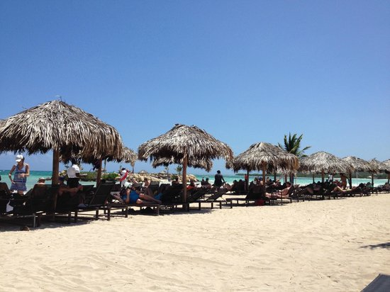 Royalton White Sands Resort : beach