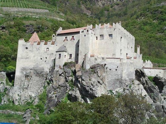 Restaurant Kuppelrain: The Castle