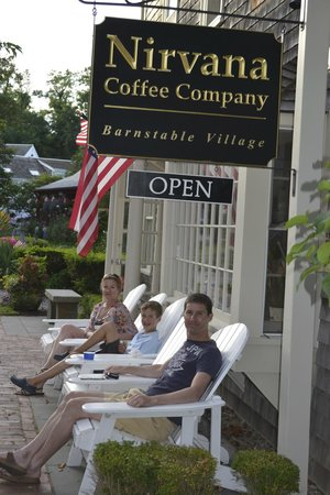 Nirvana Coffee Company: Sitting outside Nirvana Coffee Co.