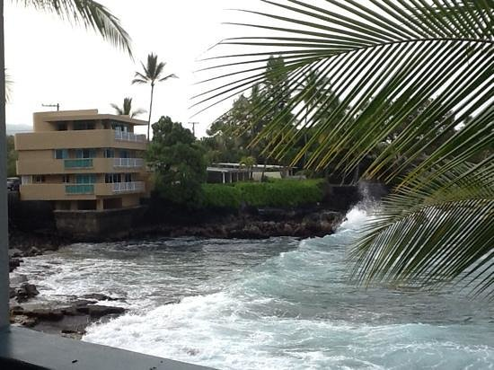 Kona Tiki Hotel : view from our balcony