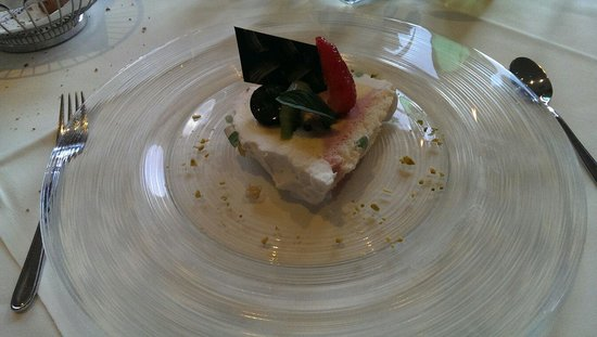 Eibsee Hotel: Order this dessert! It's great!