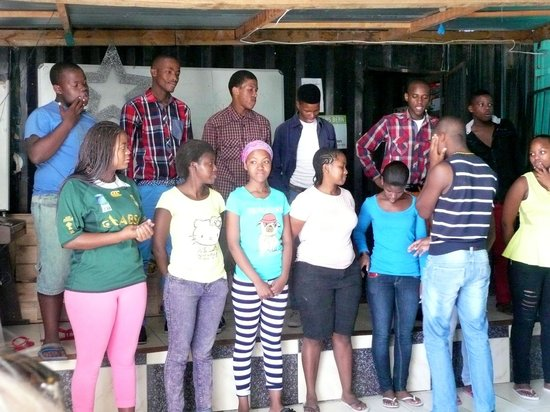 Uthando Tours: local choir that performed for us