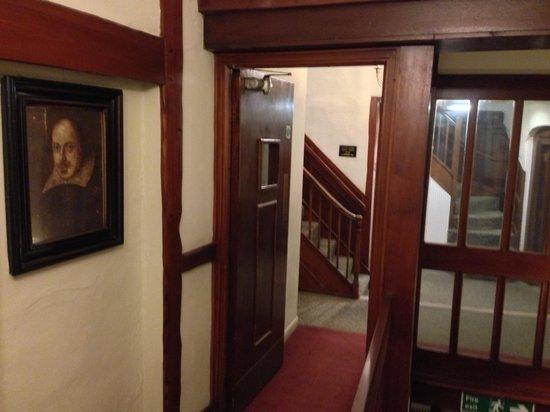 Mercure Stratford-Upon-Avon Shakespeare Hotel : Corridor