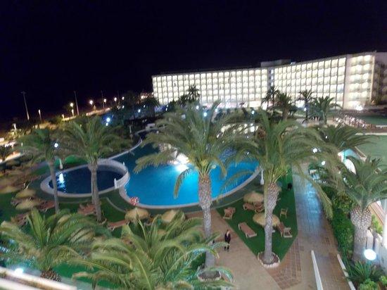 Evenia Zoraida Garden: vistas de noche