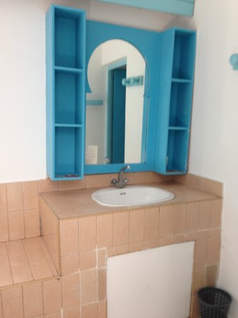 Residence Igoudar Apartments : Room 802 - Bathroom