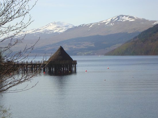 Mains of Taymouth Cottages : The Crannog Centre on Loch Tay