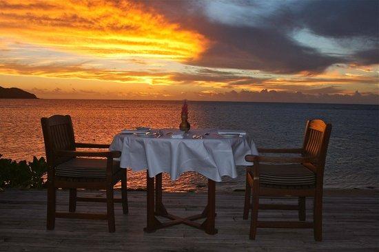 Tokoriki Island Resort: Our sunset dinner view