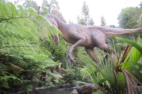 "Rainbow Springs Nature Park : A ""real live"" dinosoar."