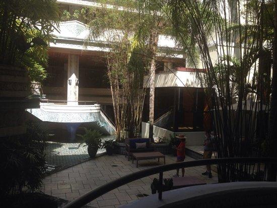 Mayfair Hotel & Spa: Ugh