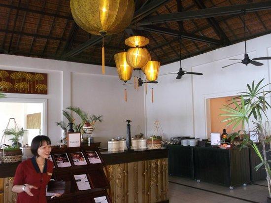 Anantara Hoi An Resort: breakfast room