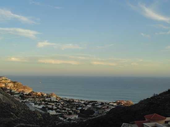 Montecristo Estates Pueblo Bonito: View of the Pacific Ocean from the deck at sunset