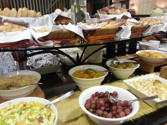 Pestana Buenos Aires Hotel: Desayuno espectacular!