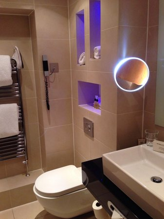 Washington Mayfair Hotel: Bathroom