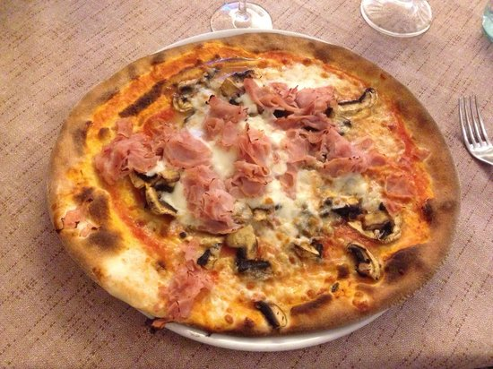 Ristorante Pizzeria San Marco: Very good pizza, delicious!