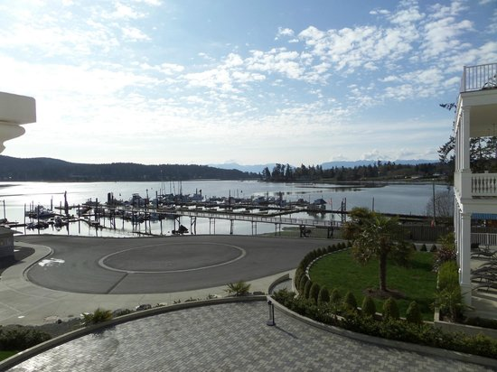 Prestige Oceanfront Resort: View from Best Western Sooke